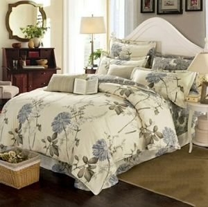 Eyona 100% Cotton Queen Size Duvet and Shams